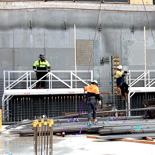 Roberts Pizzarotti and Marques Formwork: Bigger Steps to Safety at North Shore Health Hub